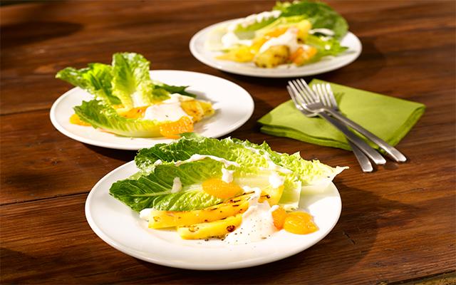 Ensalada de SalaRico® con frutas