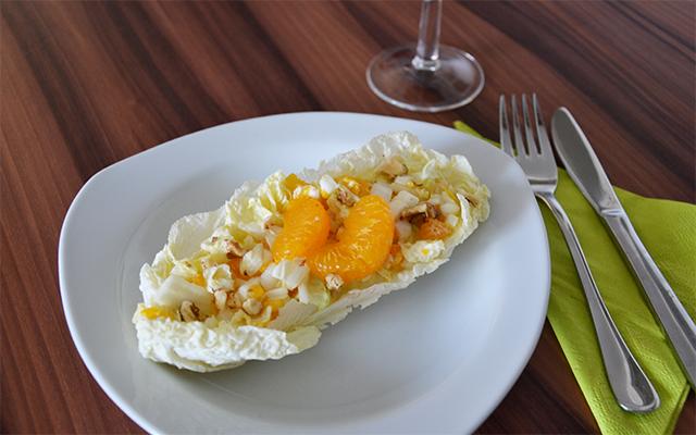 Ensalada de colchina afrutada con mandarinas